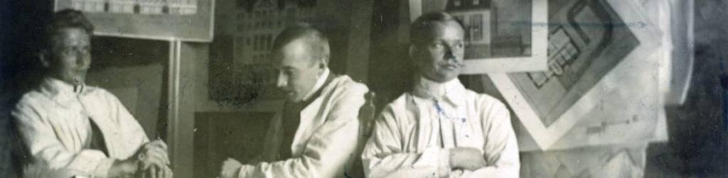 Kuva: Oskari Vilamon toimistolla